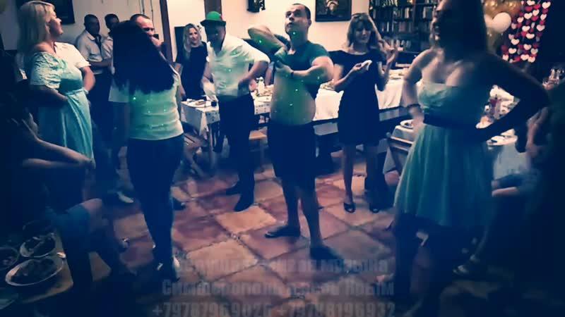 танец с животом 👏😊👌.mp4