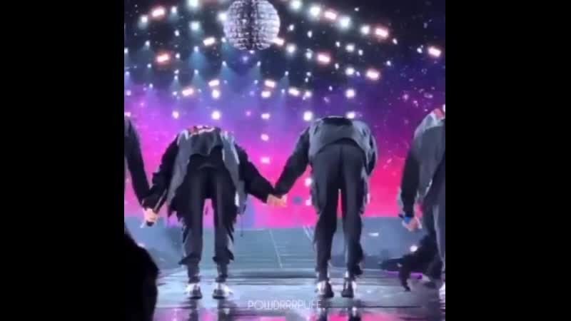 The way my heart ached when they held hands