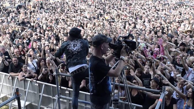 UNZUCHT - Nur die Ewigkeit Live at Mera Luna 09.08.2015 filmed from Stage