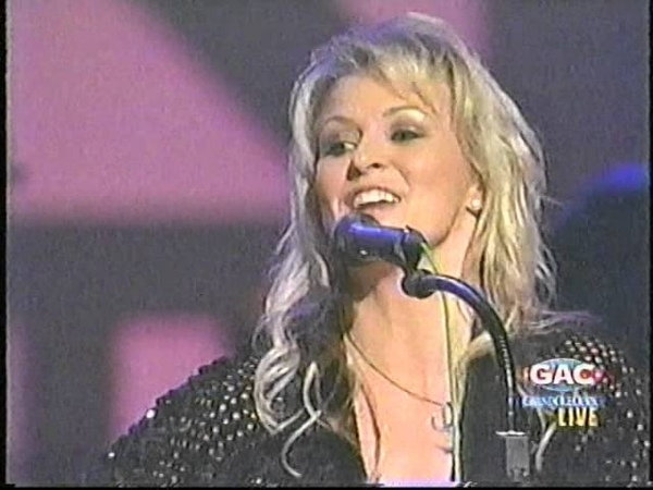 Carolyn Dawn Johnson One Day Closer To You I Don't Want You To Go Grand Ol Opry 2004