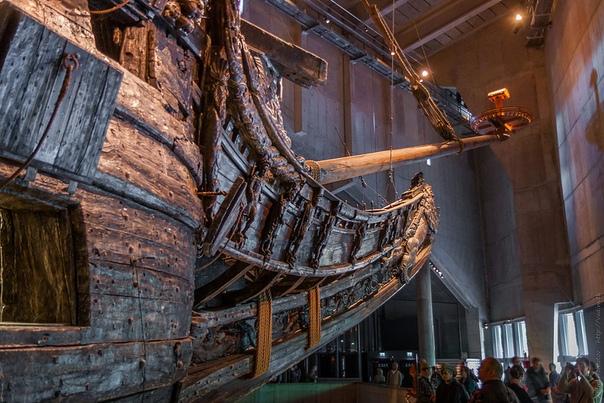 Единственный в мире сохранившийся парусный корабль начала XVII века Шведский военный корабль «Васа» (Vasa) затонул в 1628 году и был обнаружен в океане в 1961 году почти полностью