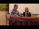 Natalia Oreiro con fans en Moldavia