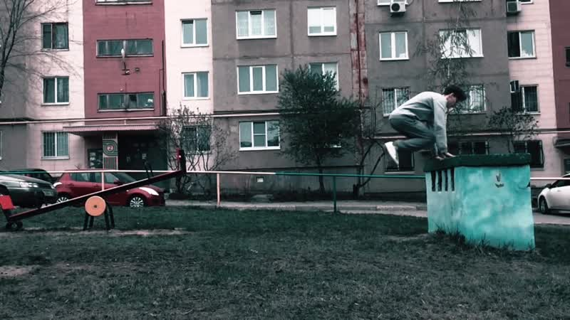 Monkey back flip 🐒🤸♂️