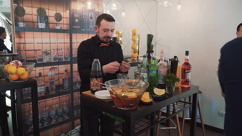 Необычная подача блюд и барное шоу от Оля ля кейтеринг
