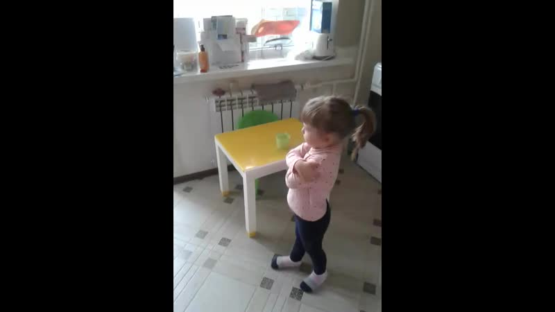 Маленькая женщина