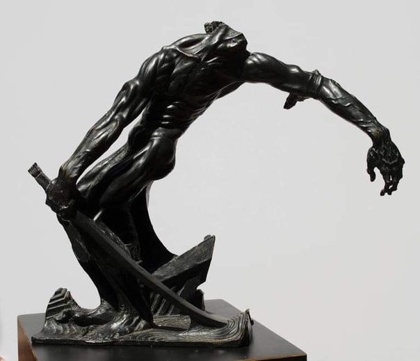 Станислав Шукальски (1893 - 1987), американский скульптор и художник польского происхождения, ставший частью Чикагского Ренессанса, стал известен как скульптор-националист. Он также разработал