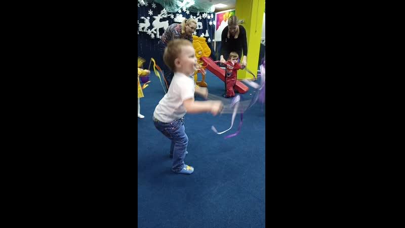 Лялечка танцует 😁❤️