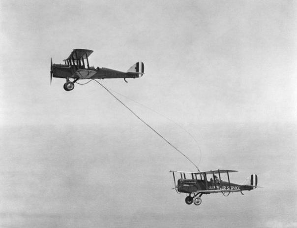 Первая дозаправка в воздухе, 27 июня 1923 года, США