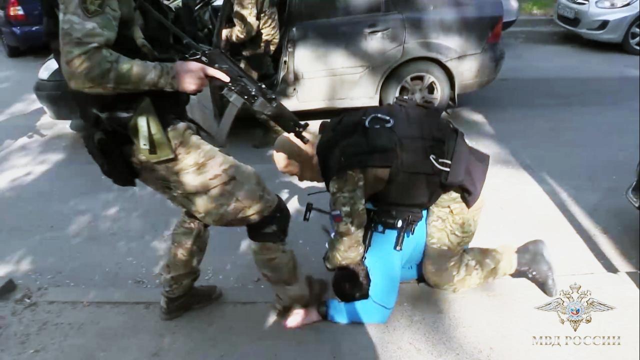 В Таганроге и Ростове задержали банду лжериэлторов. ВИДЕО