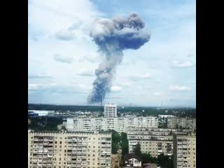 мощный взрыв в Дзержинске