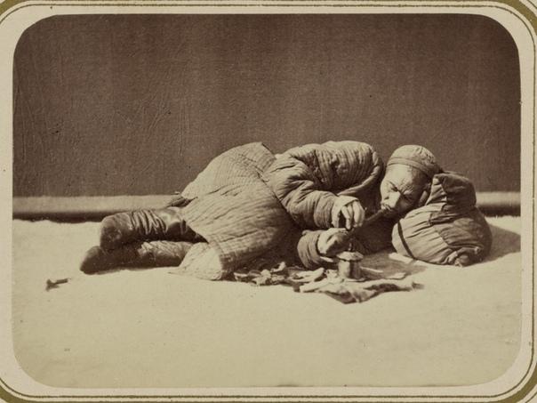 РУССКАЯ ОПИУМНАЯ ВОЙНА: ПЕРВЫЙ АНТИНАРКОТИЧЕСКИЙ ЗАКОН В РОССИЙСКОЙ ИМПЕРИИ В 1840-1842 и 1856-1860 годах против Китая велись так называемые Опиумные войны. Инициатором конфликта выступила