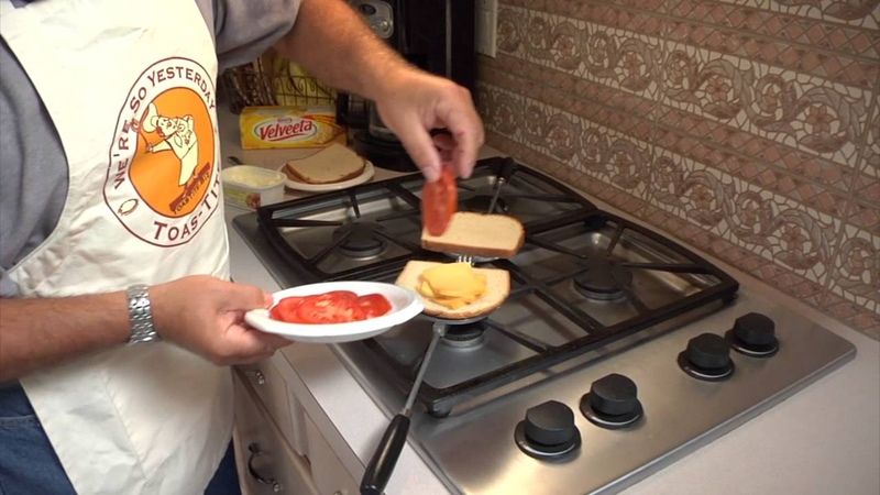 Toas-Tite Grilled Cheese Video Demo