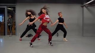 Tylo Sixer -  Dance Ft Dauphin Dankala (Official Music Video DanceHall)