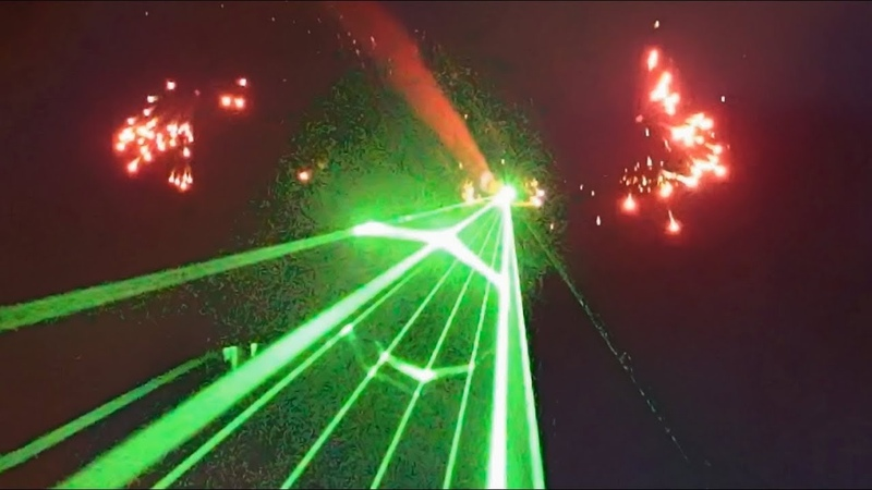 Plane Shooting LASERS At The CROWD | Friday Fireworks Display | Avalon Airshow 2019