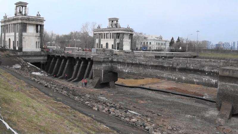 Идёт ремонт канала им. Москвы. Открытие навигации откладывается