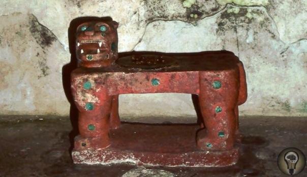 Пещера Бога-Ягуара майя, которая простояла нетронутой 1200 лет Баламку, она же «Пещера Бога-Ягуара», была впервые обнаружена в 1966-ом, но почти сразу же вход в нее запечатали по указу властей.