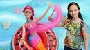 Барби русалка просит о помощи. Видео для девочек игры с куклами.