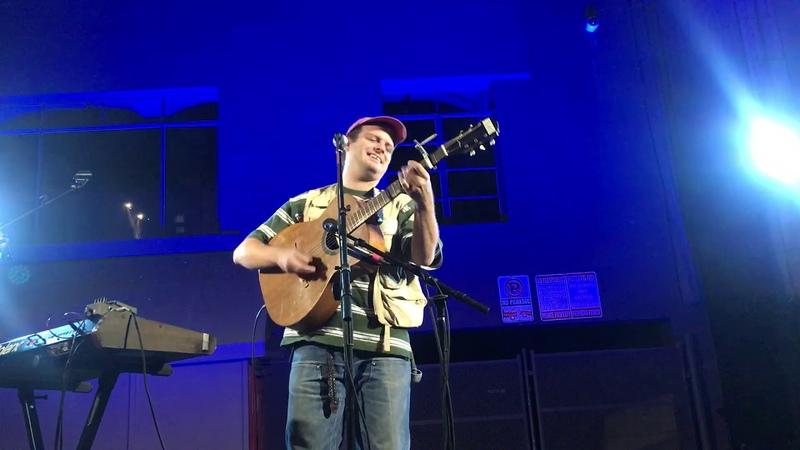 Mac DeMarco- Blue Boy Live