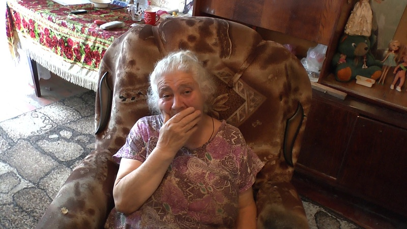 Помощь жителя Америки бабушке с внучкой