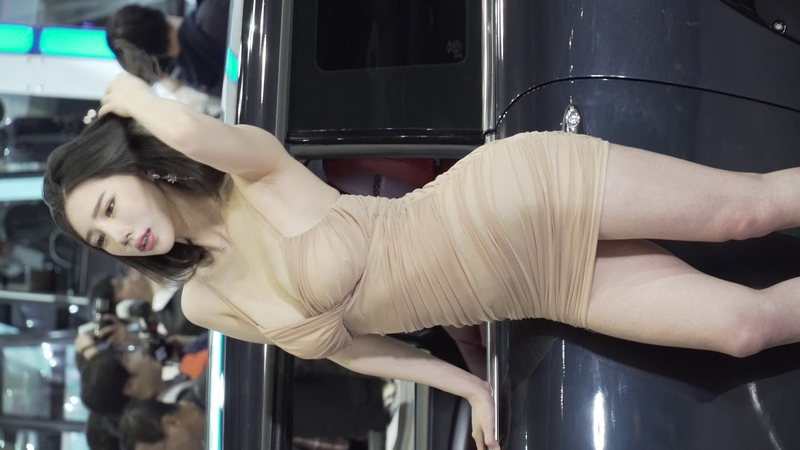 4K 오토위크 2018 송주아 레이싱모델 직캠 두번째 로드파워디자인 부스 [AUTO WEEK 킨텍498