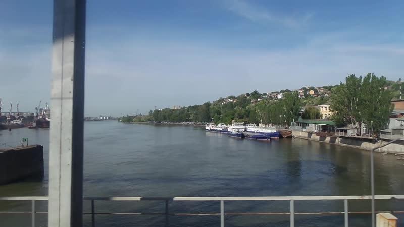 Тихий Дон. Проезд по железнодорожному мосту с правого берега на левый.