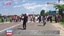 На Волыни жители нескольких сел перекрыли дорогу, требуя отремонтировать дороги