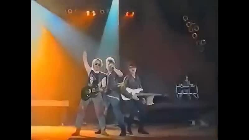 ВИА Сектор газа - вступление к концерту Колхозный панк (очень высокое качество)