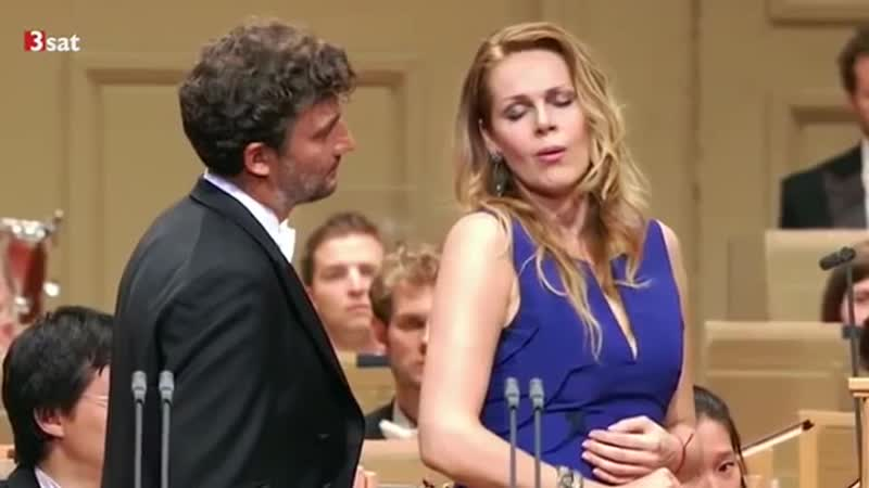 Jonas Kaufmann and Kristine Opolais sings O Soave Fanciulla from La Boheme by Puccini