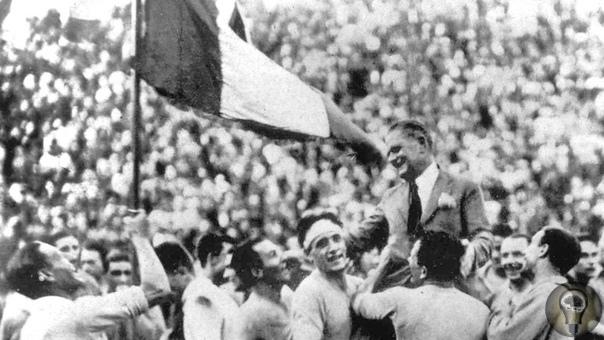 Футбол в Италии времен Бенито Муссолини