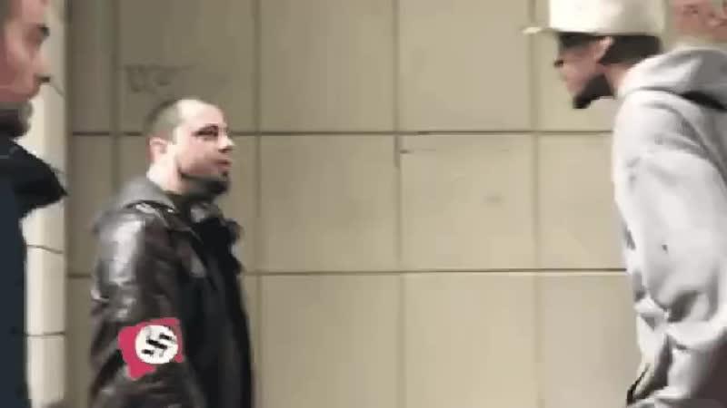 Фашисты идите назуй от сюда
