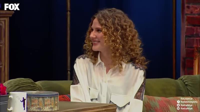Arkadaşımın konuğu Alina Bozu sahneye çağırıyor! TOLGSHOW 18[HD,1280x720, Mp4]