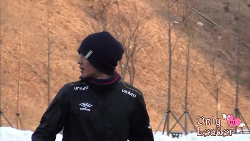2013.02.16 Kim Hyun Joong fancam @ FC Avengers soccer match (3)