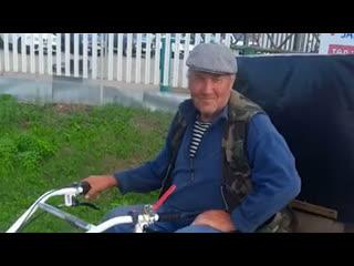Дед Саша из Перми поехал на мотоблоке в Ростов-на-Дону к своему брату