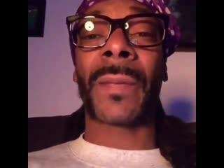 "Snoop dogg пригрозил биллу гейтсу перейти на playstation, если они ""не починят своё д*рьмо"" [nr]"