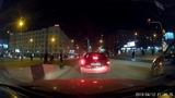 12.04.2019 2143 ДТП Новосибирск  проспект Димитрова Яндекс такси toyota funcargo + hyundai getz