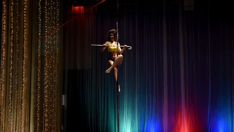 4 4 Pole dance artistic любители Красовская Надия