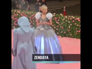 Zendaya at the met gala 2019🧚🏻‍♀️
