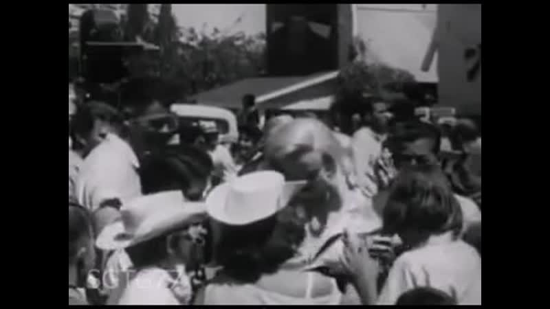 Мэрилин Монро на съемках фильма Неприкаянные 2