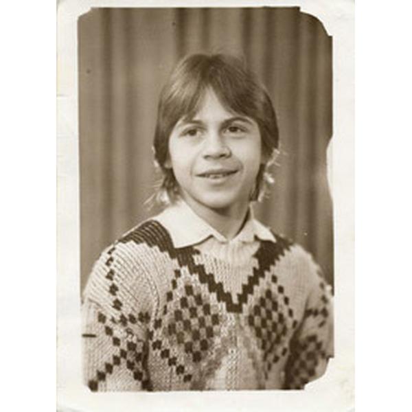 Сегодня свой день рождения празднует наш подписчик Павел Деревянко В каком фильме он вам запомнился больше .Спасибо за и подписку. Родился 2 июля 1976 года в Таганроге.Окончил режиссерский