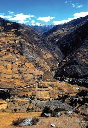 Чавин-де-Уантар в Перу По этому поводу ортодоксальной наукой наговорено столько, что лучше уж не пересказывать, а всё привести дословно. Вот потому я и предоставлю слово Алану Ф. Элфорду,
