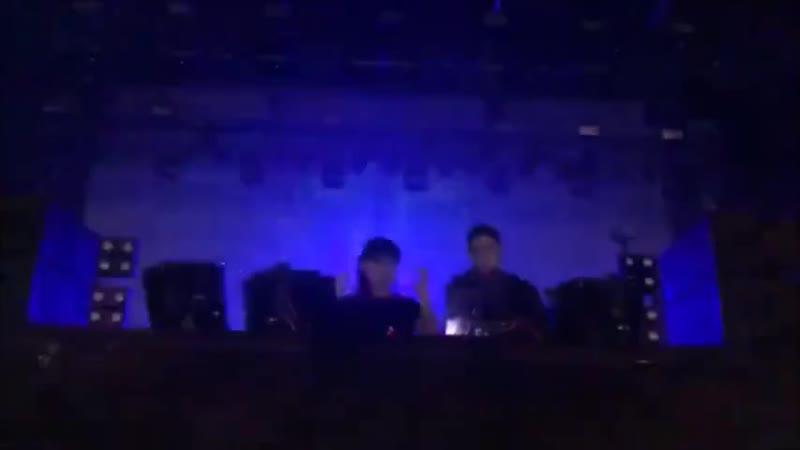Skrillex и Boys Noize - ( ремикс IC3PEAK Грустная Сука) [DAB.BRO.product MUSIC]