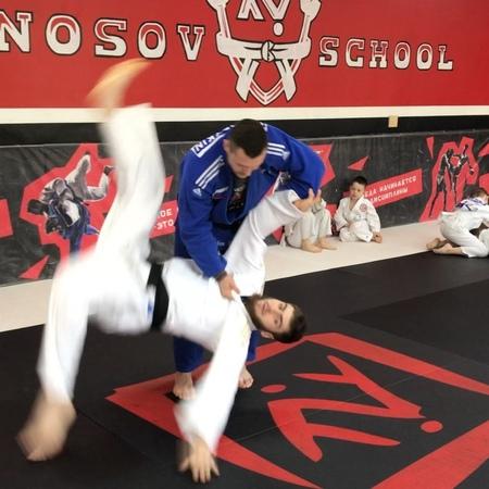 Школа боевых искусств Москва on Instagram Дзюдоисты название броска знаете ⠀ 👇Ждём варианты в комментариях ⠀ ШколаНосова КомандаНосова Noso