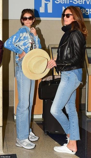 Синди Кроуфорд с мужем и дочкой Кайей Кендалл ДженнерКелли Роулэнд
