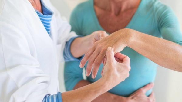 Что лечит ревматолог?