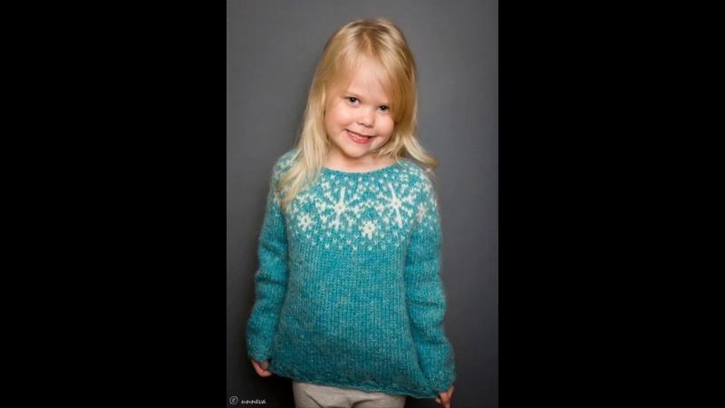 Children's creative dresses and pullovers.Детские креативные платья и пуловеры.