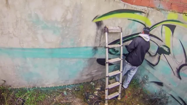 Anamorphic Graffiti Dirty Square Pond - Odeith Timelapse