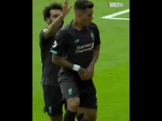 Bobby with another boss celebration 🤩