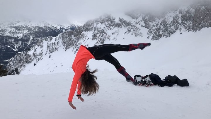 """Chiara Julia🦋    Gymnast👑 on Instagram """"I filmed this in 2000m high ❄️🎿 it was freezing so I was rushed 🙃 excuse my form and the simple skills and..."""