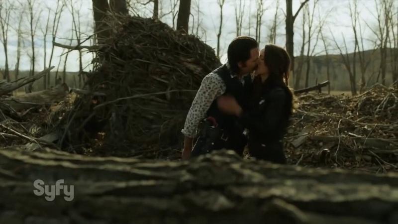 Wynonna Earp (Вайнона Эрп) - new series official trailer [SyFy] RUS SUB