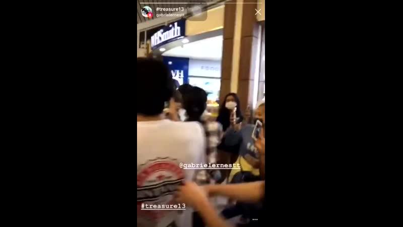 19.03.2019 парни покидают Индонезию, аэр...урах-Рай (720p).mp4